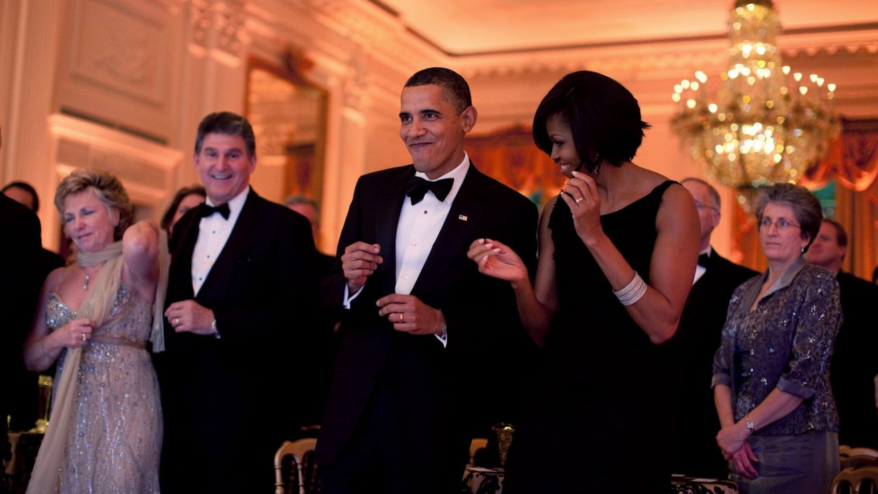 https://www.ctownchatter.com/wp-content/uploads/2019/08/0519-1003-1014-0050_president_barack_obama_and_first_lady_michelle_obama_dance_together_o-1280x720.jpg