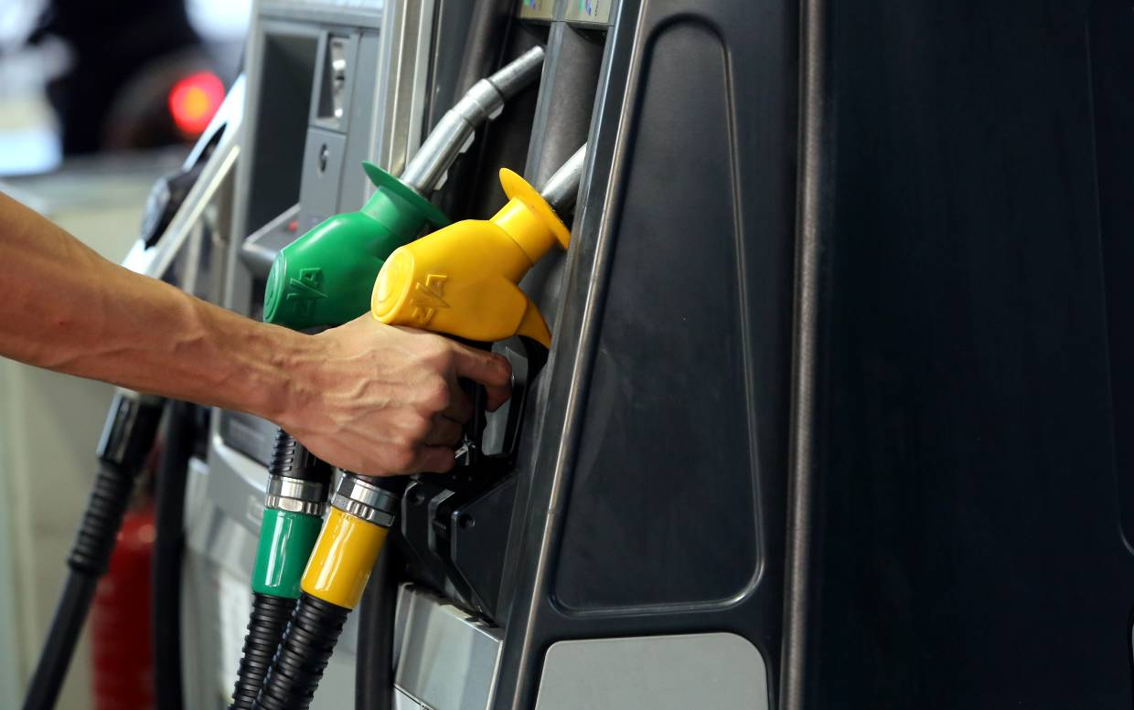 Breaking News: Egyptian Governoment Officially Reduces Fuel Prices by Almost 10%