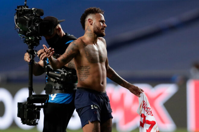 Will Neymar Be Banned From Champions League Final for Swapping Shirts with Halstenberg?