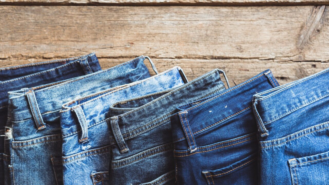 https://www.ctownchatter.com/wp-content/uploads/2021/04/jeans-stacked-on-a-wooden-background-PSTSB3W_2000x-1280x720.jpg