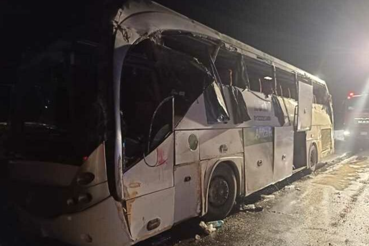 12 Dead and 34 Injured in a Bus Crash on Cairo-Suez Road